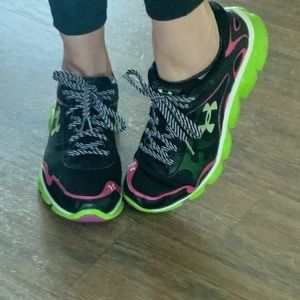Under Armor Sneakers Running Shoes Sz 8